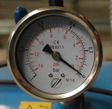 Vacuométre - pompe à vide multico